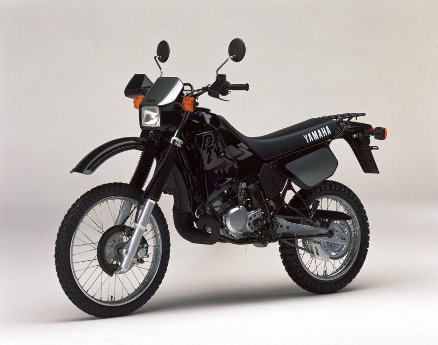Yamaha DT125R motorcycles 1999 wallpaper