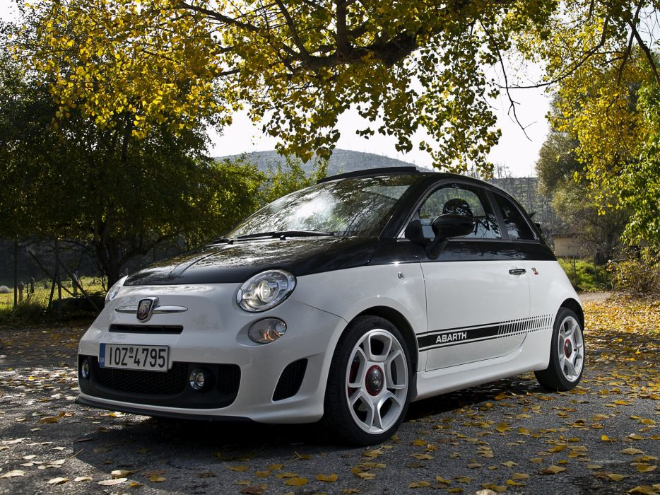 Abarth 500C 2010 wallpaper
