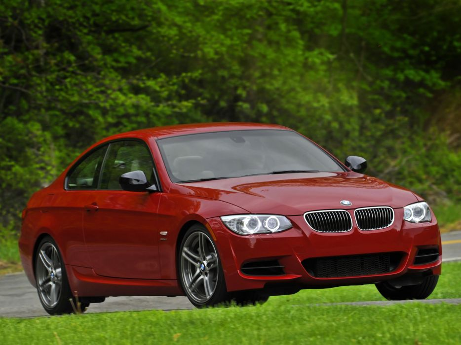 BMW 335is Coupe 2010 wallpaper