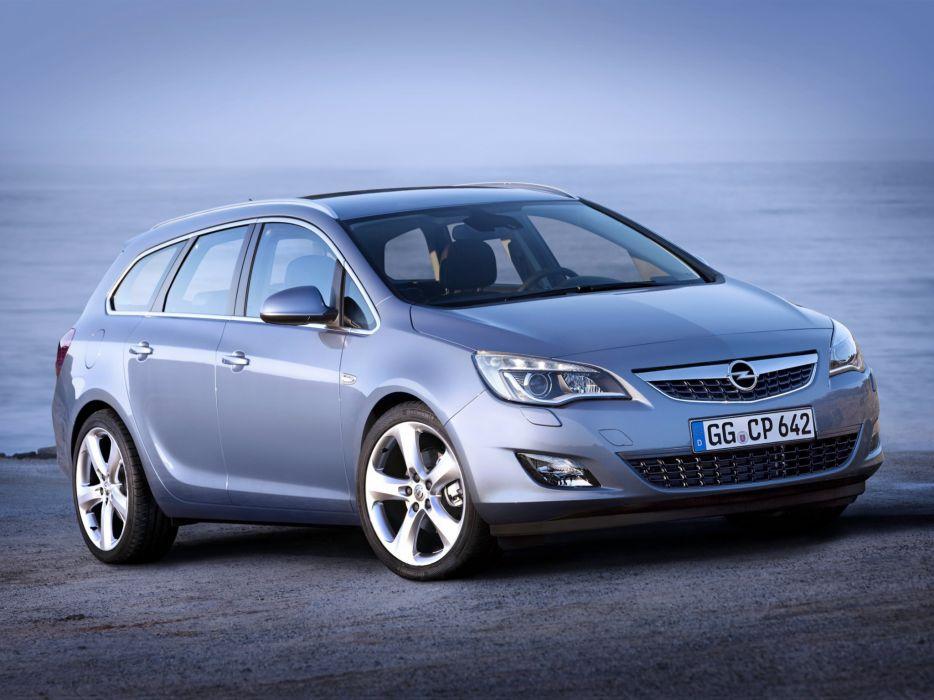Opel Astra Sports Tourer 2010 wallpaper