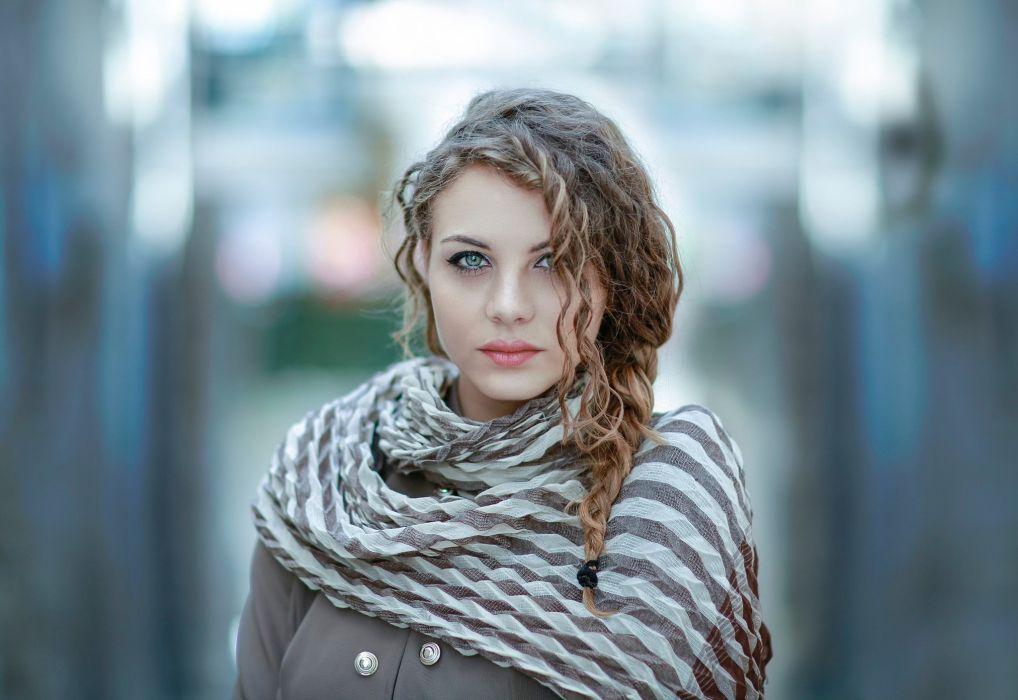 blue brunette girl model woman wallpaper