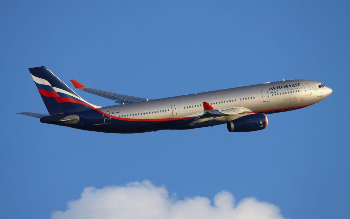 avion civil comercial vuelo wallpaper