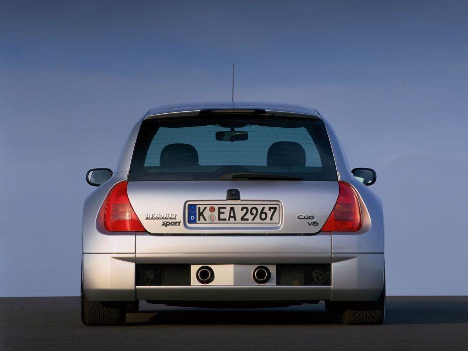 Renault Clio V6  wallpaper