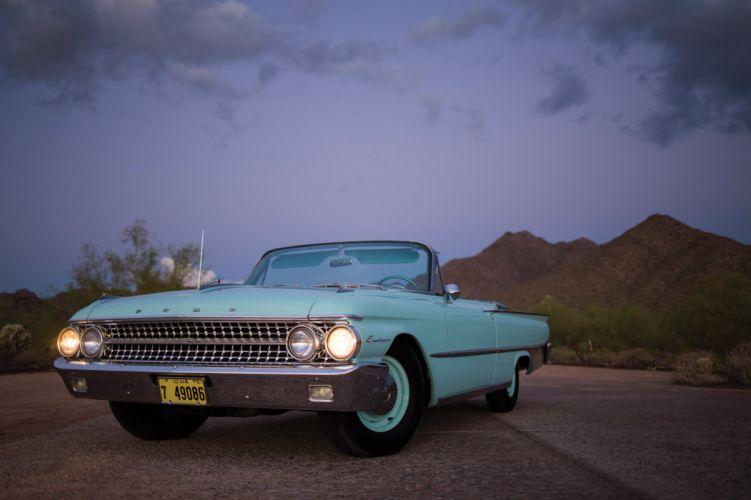 1961 Ford Galaxie Sunliner convertible blue classic wallpaper