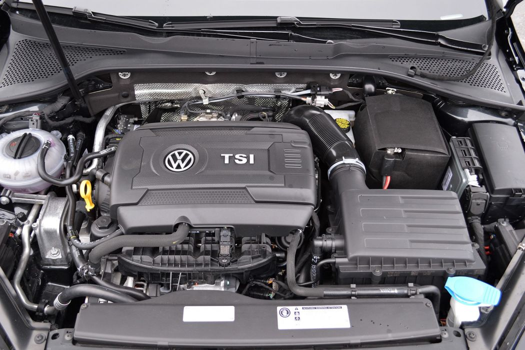 Volkswagen Golf GTI 2015 MkVII Mk7 wallpaper