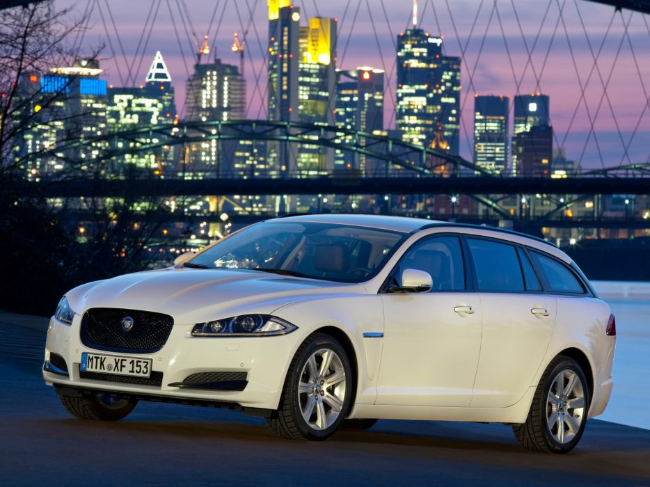 Jaguar XF Sportbrake 2012 wallpaper