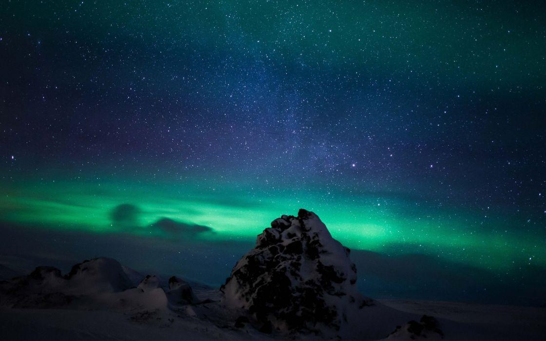northern-lights-iceland-aurora-borealis-hd-wallpaper wallpaper