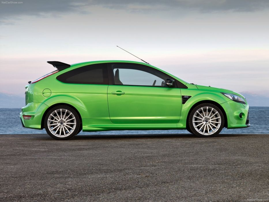 Ford Focus RS 2009  wallpaper