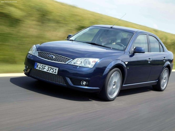 Ford Mondeo Titanium V6 2004 wallpaper