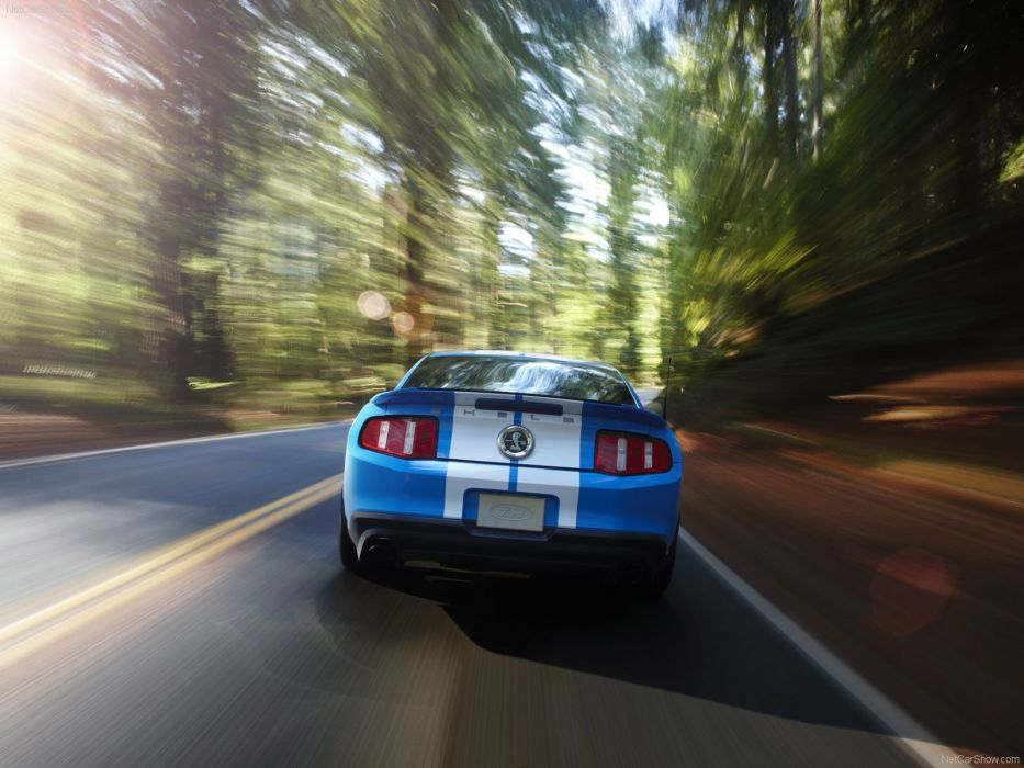 Ford Mustang Shelby GT500 2010 wallpaper