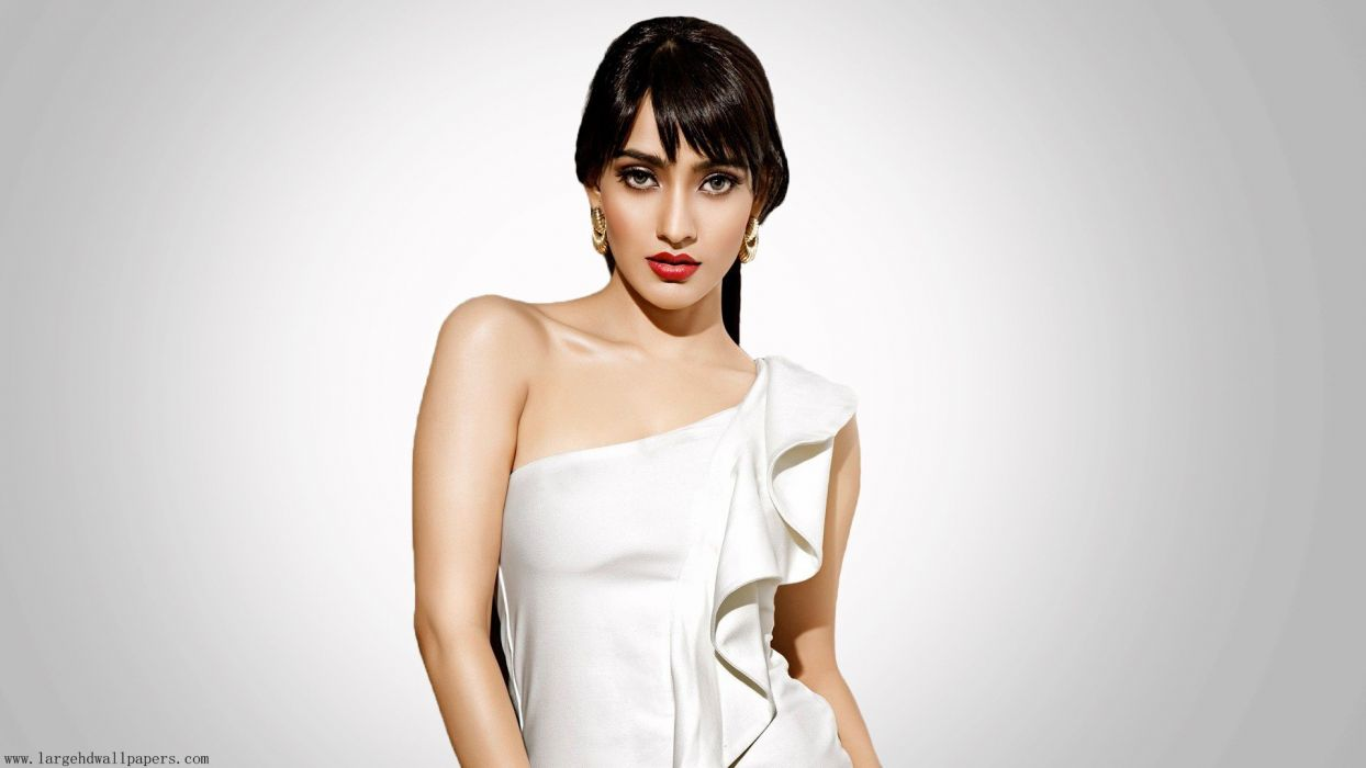 Neha-Sharma bollywood actress model girl beautiful brunette pretty cute beauty sexy hot pose face eyes hair lips smile figure indian  wallpaper