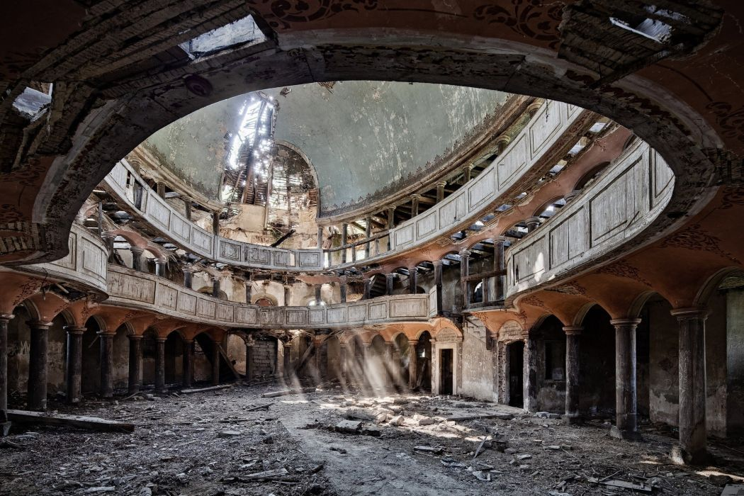 architecture building abandoned sun rays column pillar dirt old building dome balcony arch wallpaper