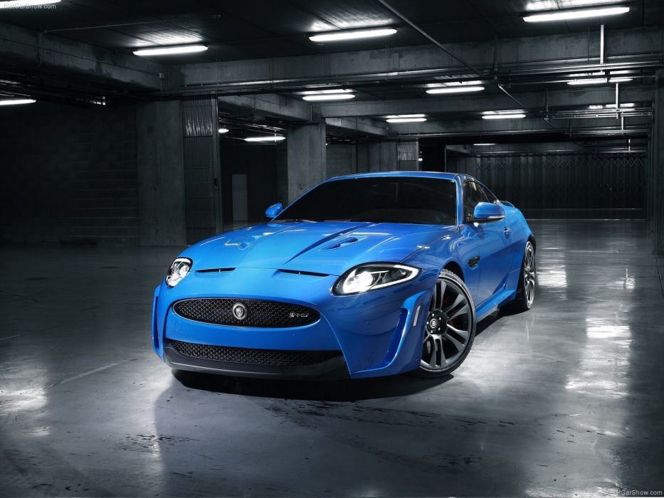 Jaguar XKR S 2012 wallpaper