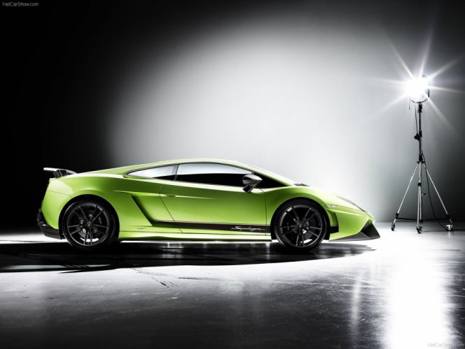 Lamborghini Gallardo LP570-4 Superleggera 2011 wallpaper