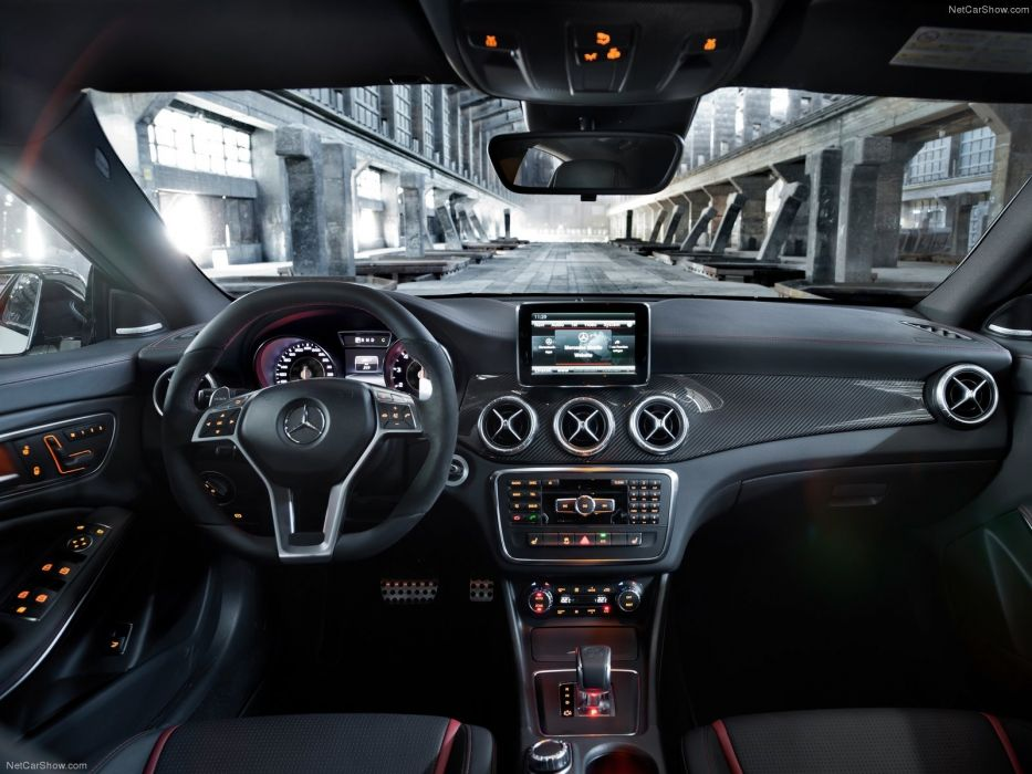 Mercedes-Benz CLA45 AMG 2014 wallpaper