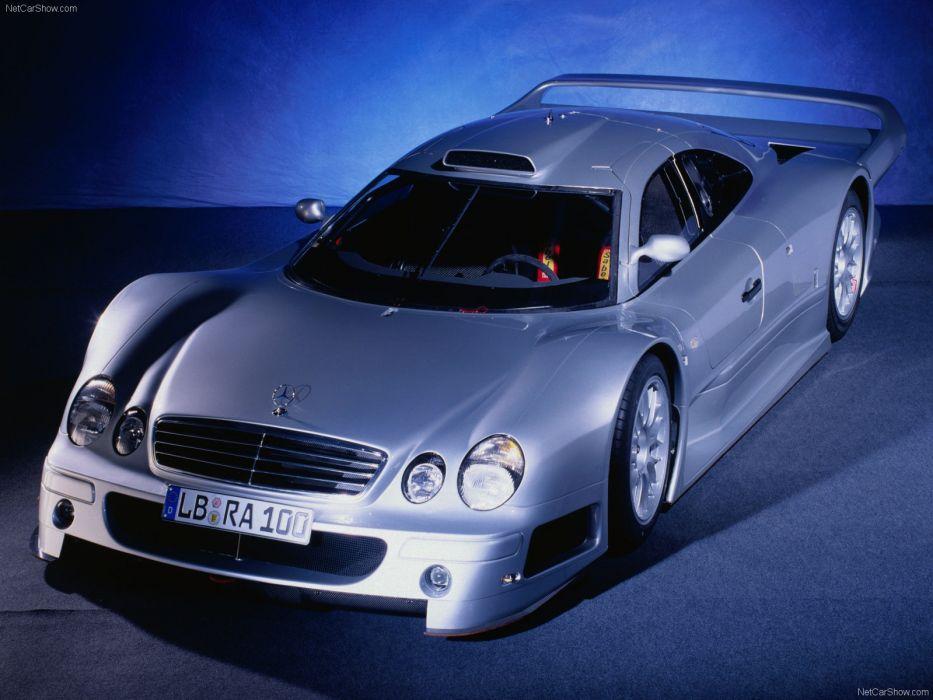 Mercedes-Benz CLK GTR 1999 wallpaper
