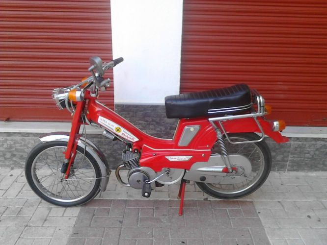 mobylette moto roja francia wallpaper