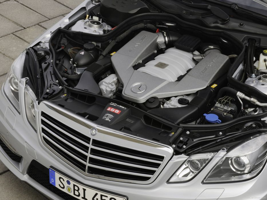 Mercedes-Benz E63 AMG 2010 W212 wallpaper