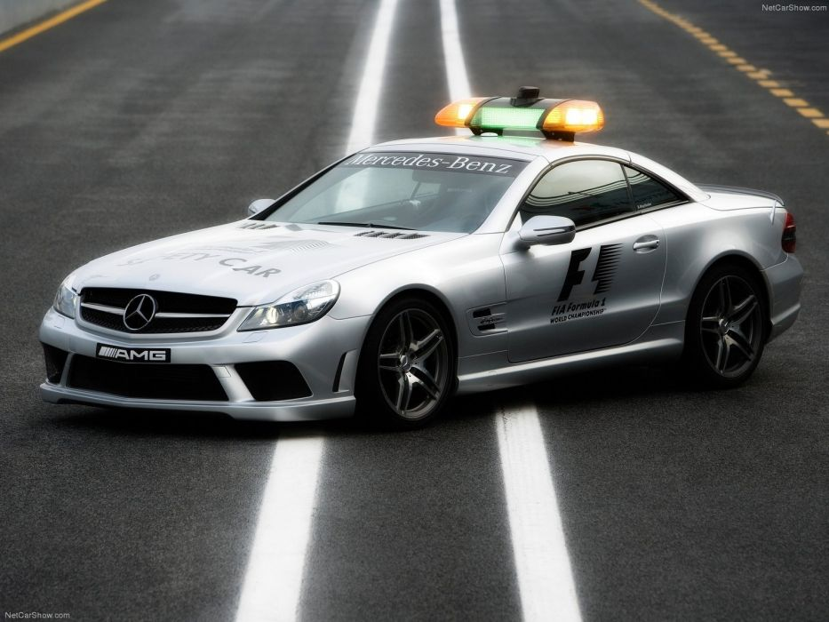 Mercedes-Benz SL63 AMG F1 Safety Car wallpaper
