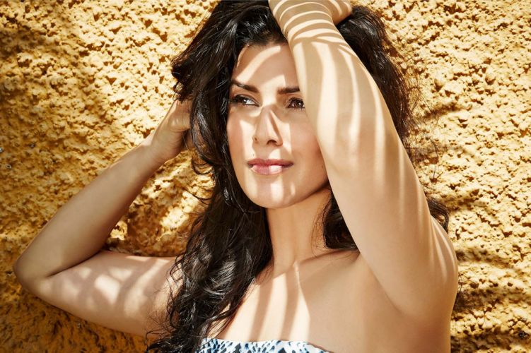 nimrat kaur bollywood actress model girl beautiful brunette pretty cute beauty sexy hot pose face eyes hair lips smile figure indian wallpaper