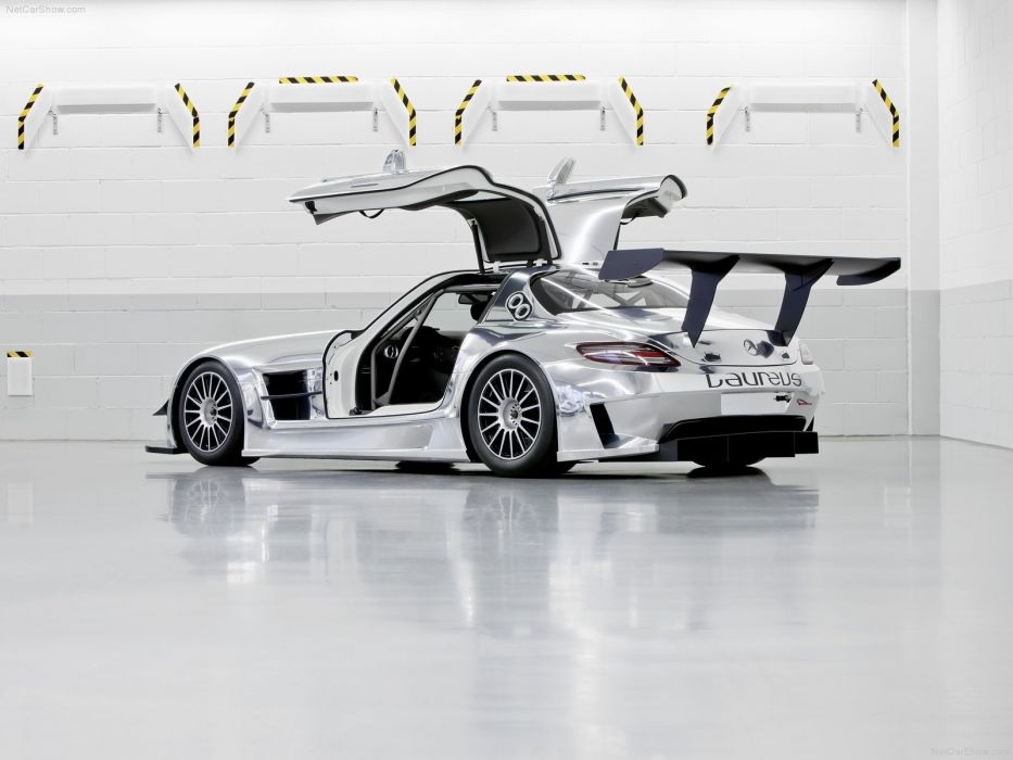 Mercedes-Benz SLS AMG GT3 Race Car wallpaper