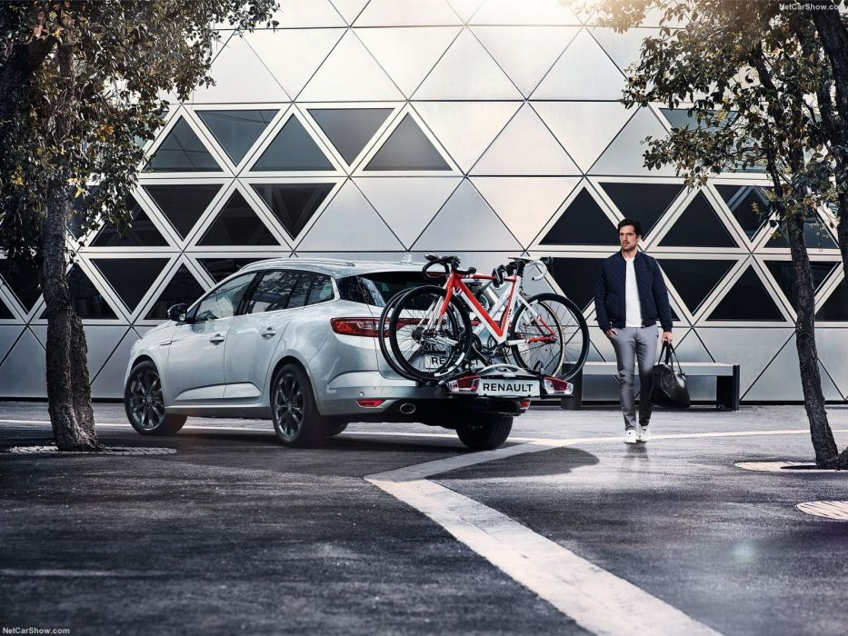 Renault Megane Estate 2017 wallpaper