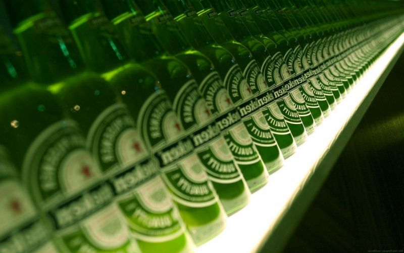 botellas cerveza heinekens wallpaper