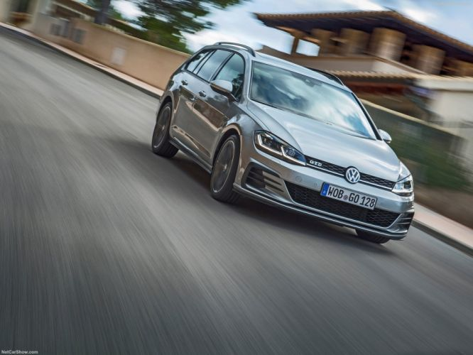 Volkswagen Golf GTD Variant 2018 wallpaper