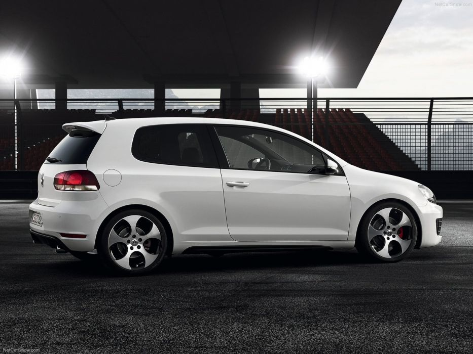 Volkswagen Golf GTI MkVI wallpaper
