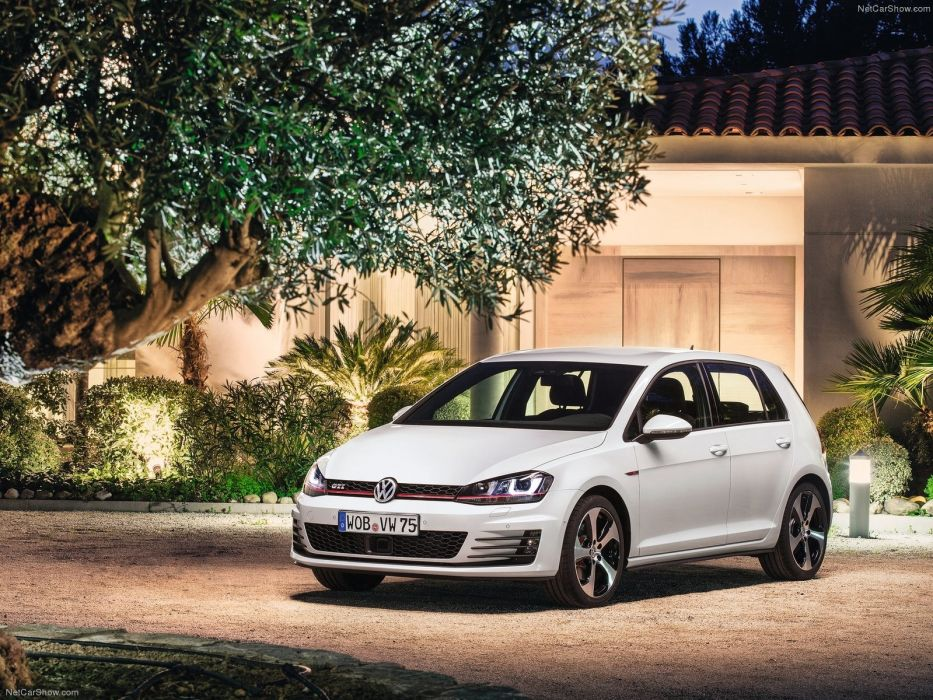 Volkswagen Golf GTI MkVII wallpaper