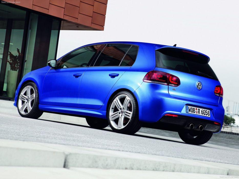 Volkswagen Golf R 2010 wallpaper