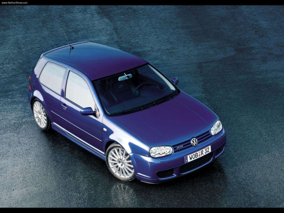 Volkswagen Golf R32 2002 wallpaper