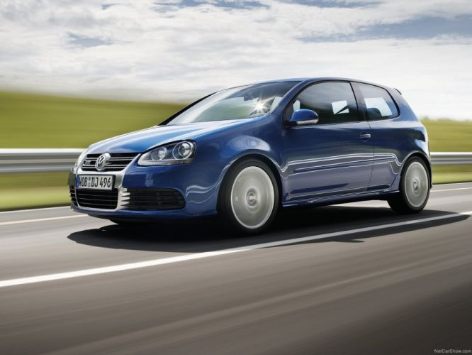 Volkswagen Golf R32 2005 wallpaper