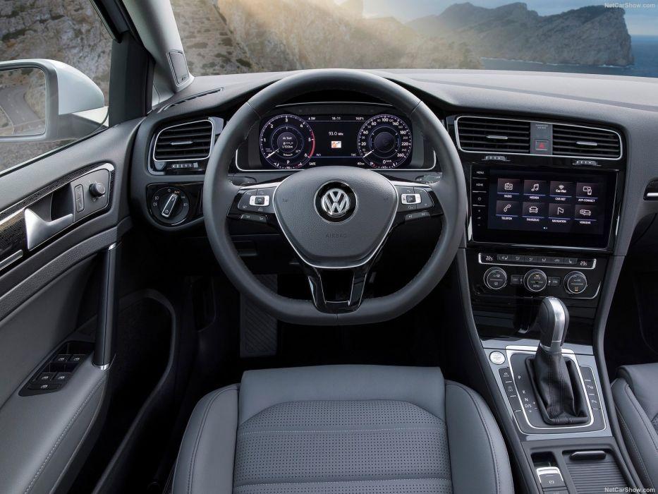 Volkswagen Golf Variant 2017 wallpaper