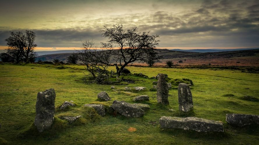 Druid Stones wallpaper