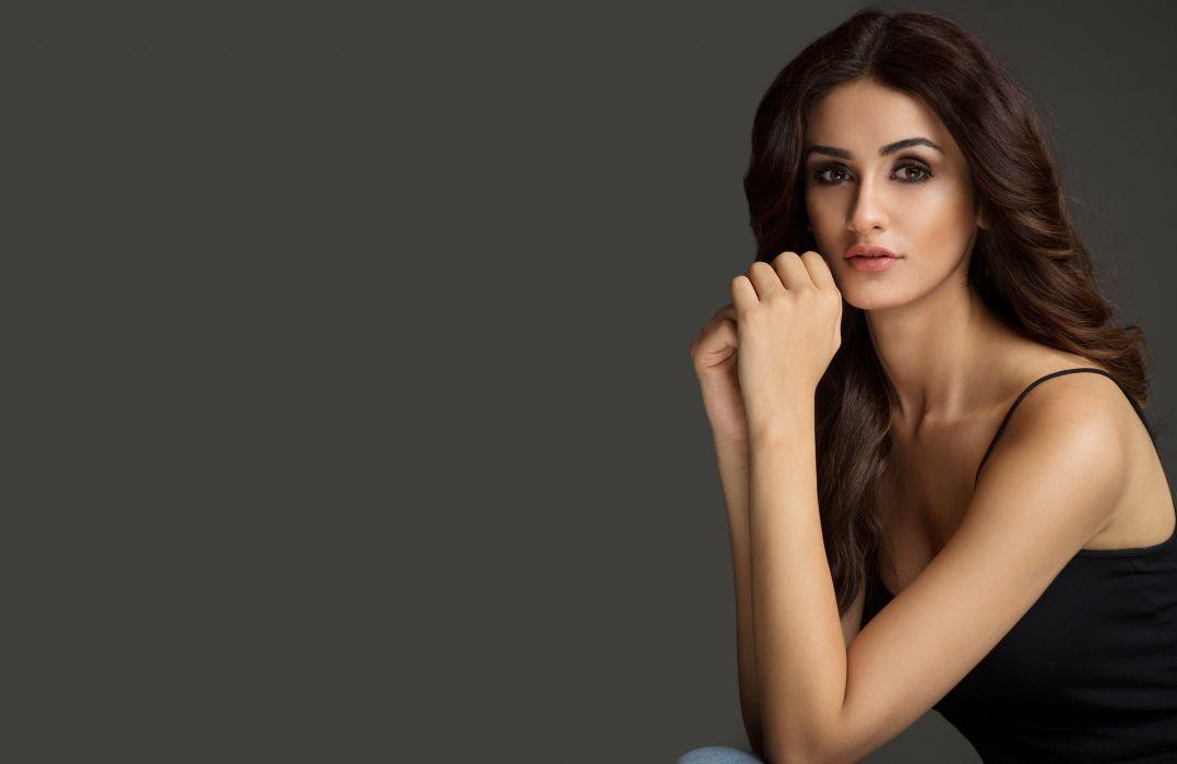 Aditi Arya Bollywood Actress Model Girl Beautiful Brunette Pretty
