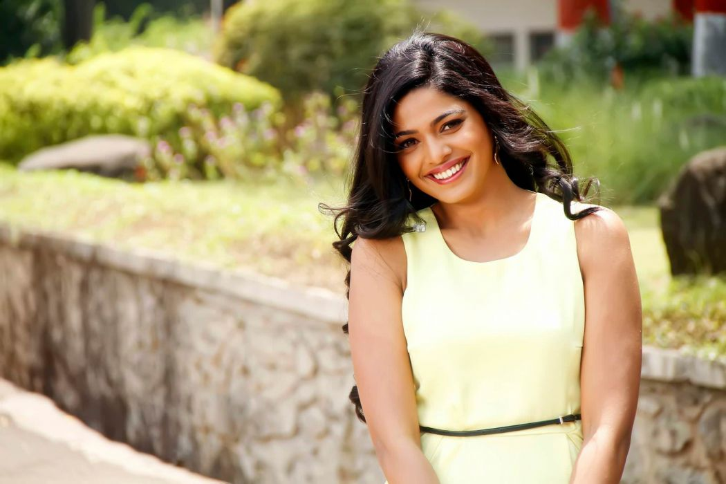 Pooja Sawant bollywood actress model girl beautiful brunette pretty cute beauty sexy hot pose face eyes hair lips smile figure indian wallpaper