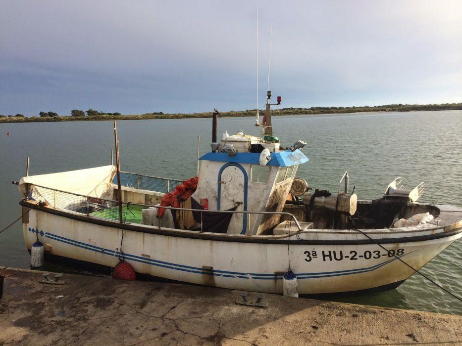 barco pesca muelle wallpaper