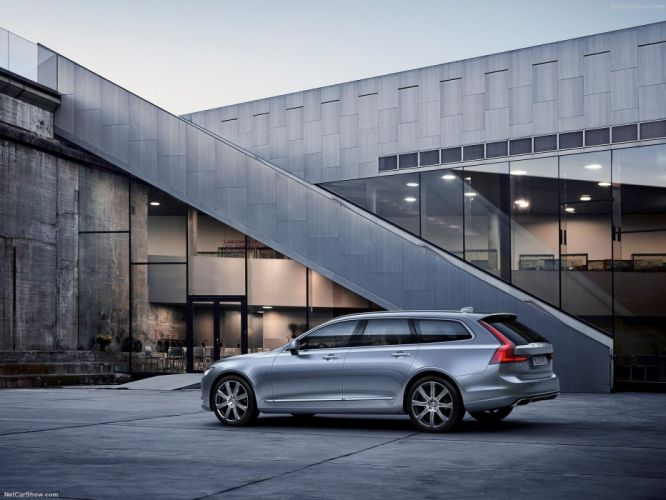 Volvo V90 Estate 2017 wallpaper