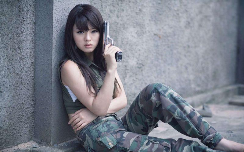 WOMEN & GUNS females-girls-sexy-weapons-guns-pistol-asian wallpaper