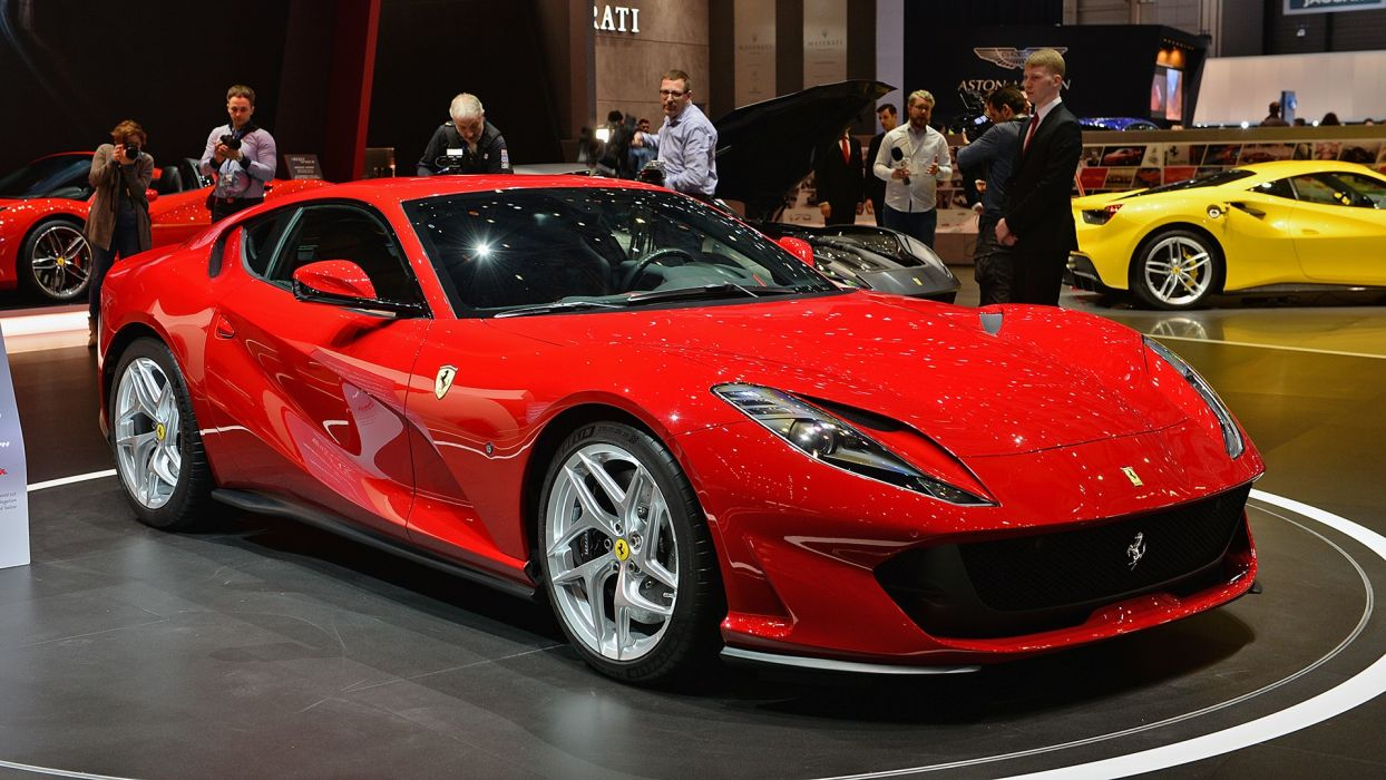 Ferrari 812 Superfast cars red wallpaper