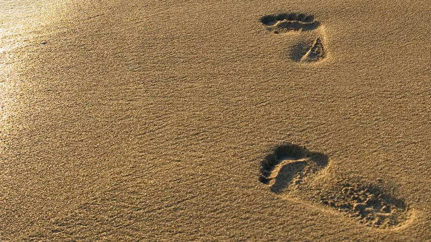 FEET beach-sand-footprints wallpaper