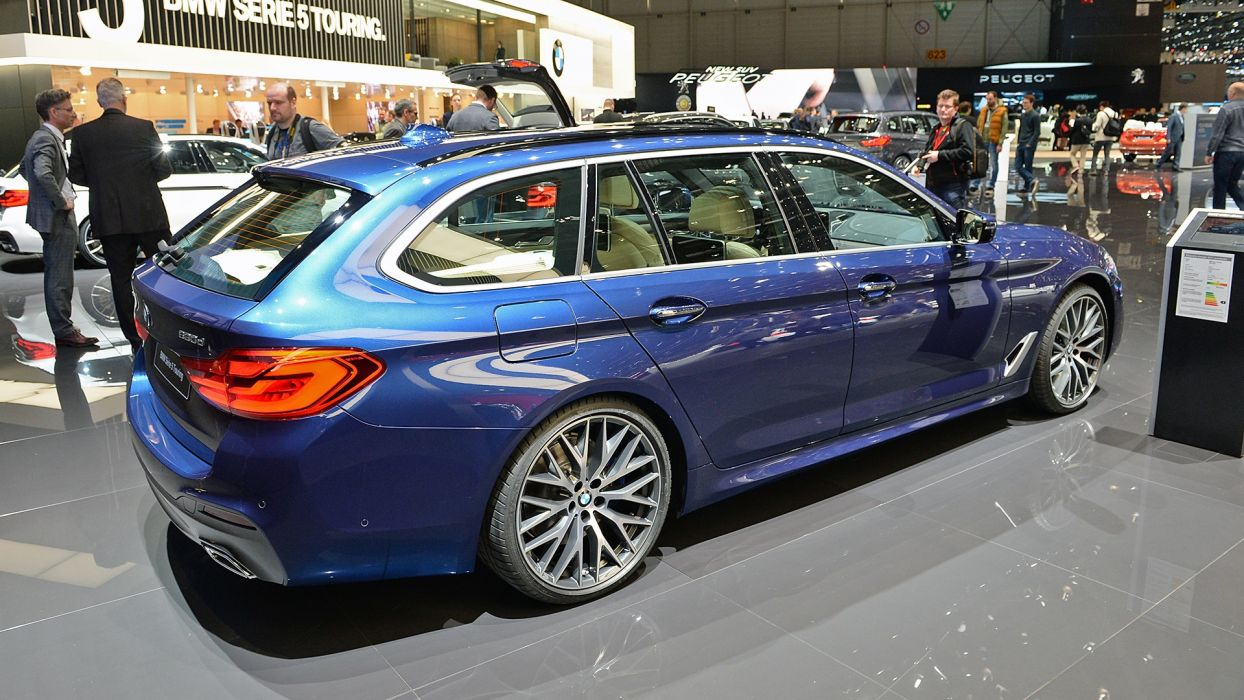 BMW 5-Series Touring Geneva auto show 2017 wallpaper