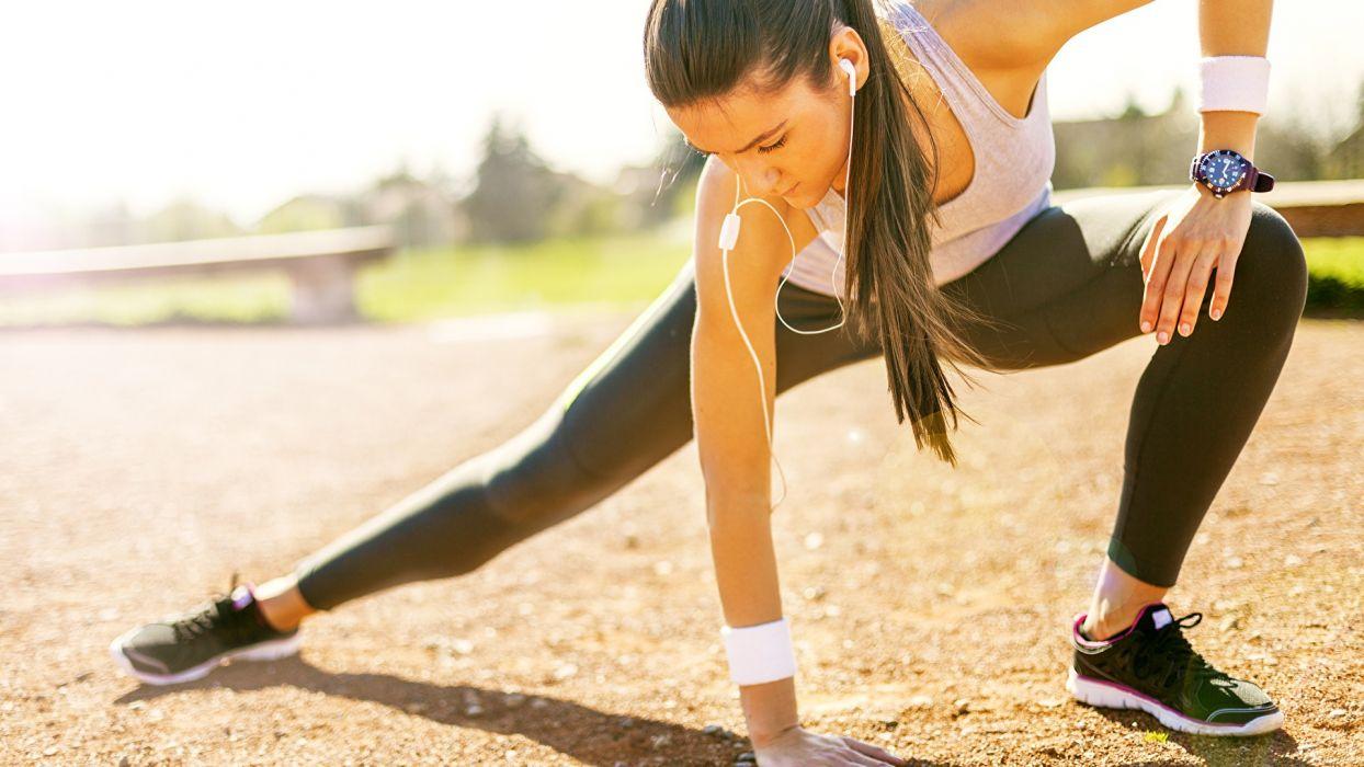 SPORTS gymnastics-girls-brunette-exercise-stretching-legs wallpaper