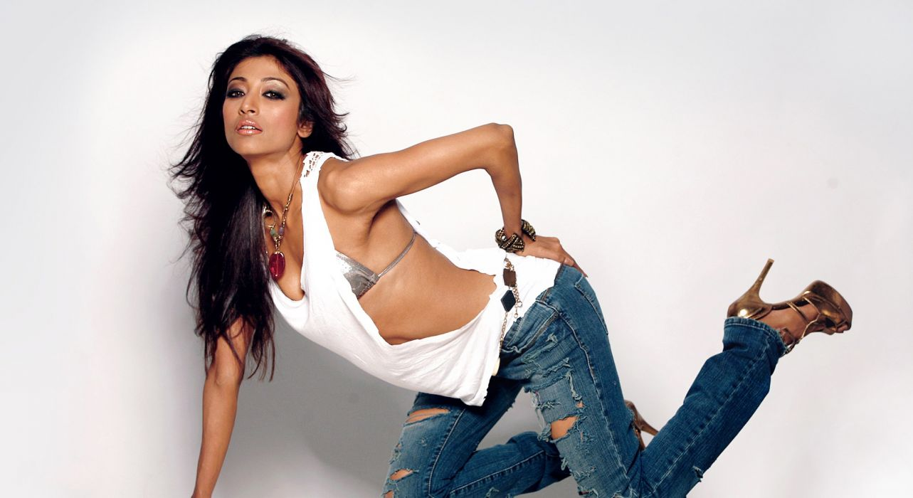 paoli dam bollywood actress celebrity model girl beautiful brunette pretty cute beauty sexy hot pose face eyes hair lips smile figure indian wallpaper