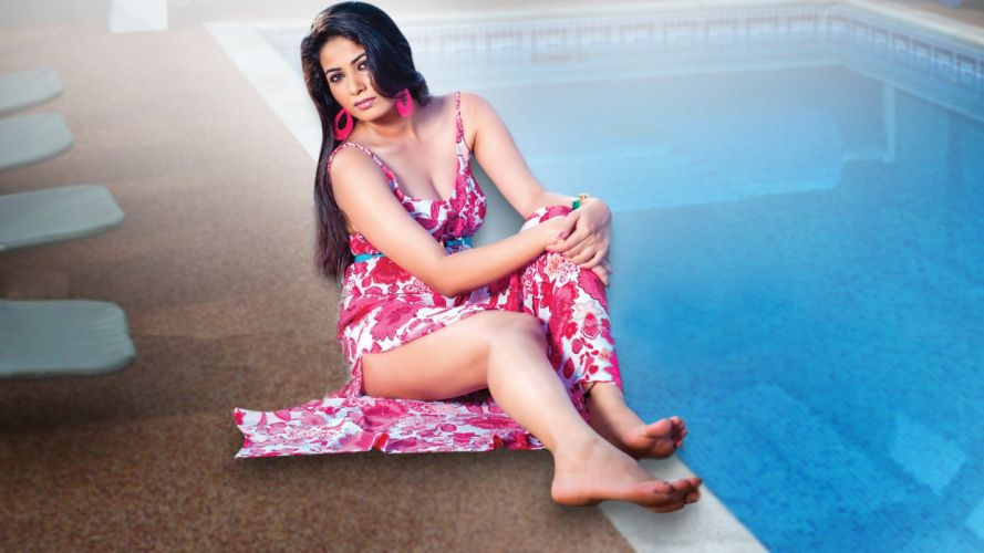 kavya shetty bollywood actress celebrity model girl beautiful brunette pretty cute beauty sexy hot pose face eyes hair lips smile figure indian wallpaper