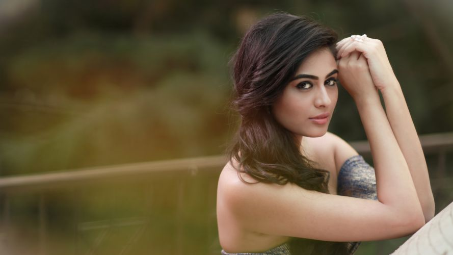 neha hinge bollywood actress celebrity model girl beautiful brunette pretty cute beauty sexy hot pose face eyes hair lips smile figure indian wallpaper