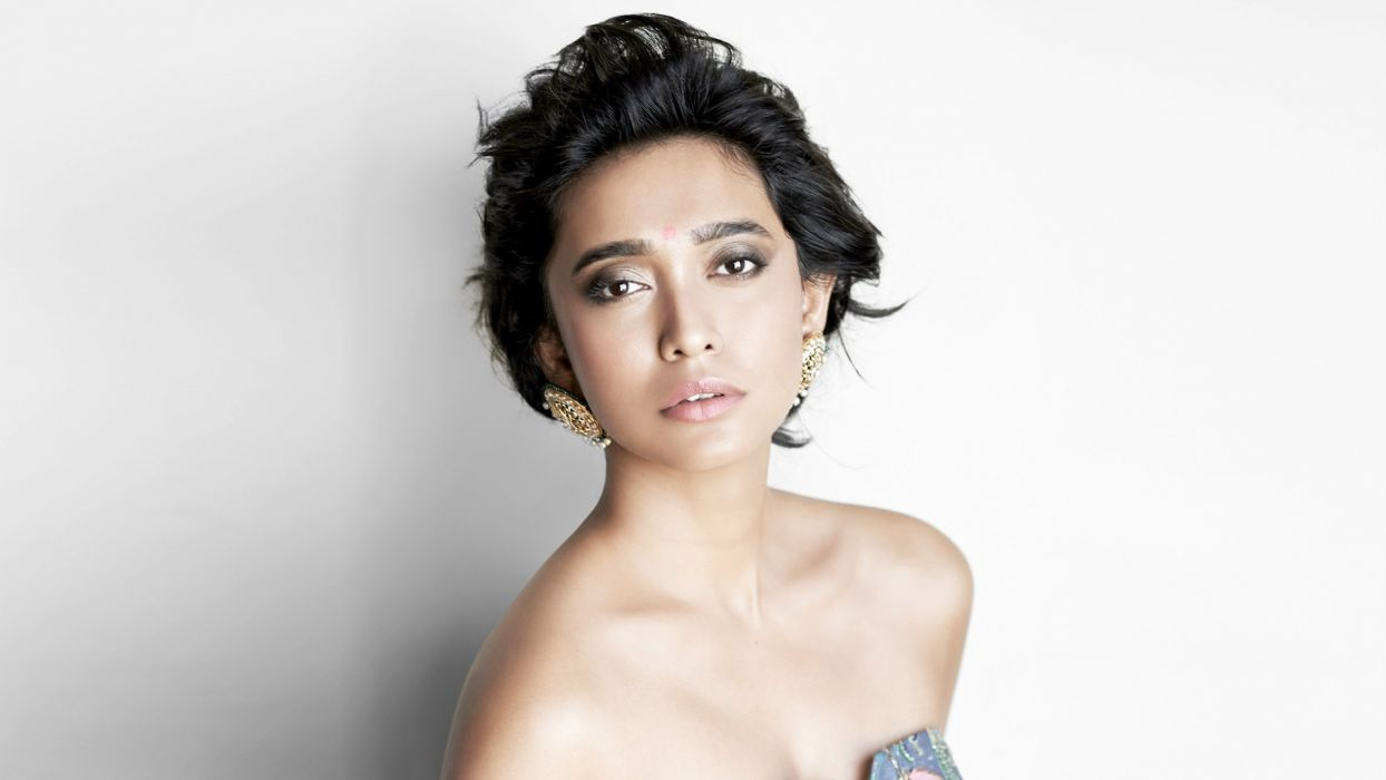 Sayani Gupta bollywood actress celebrity model girl beautiful brunette pretty cute beauty sexy hot pose face eyes hair lips smile figure indian wallpaper