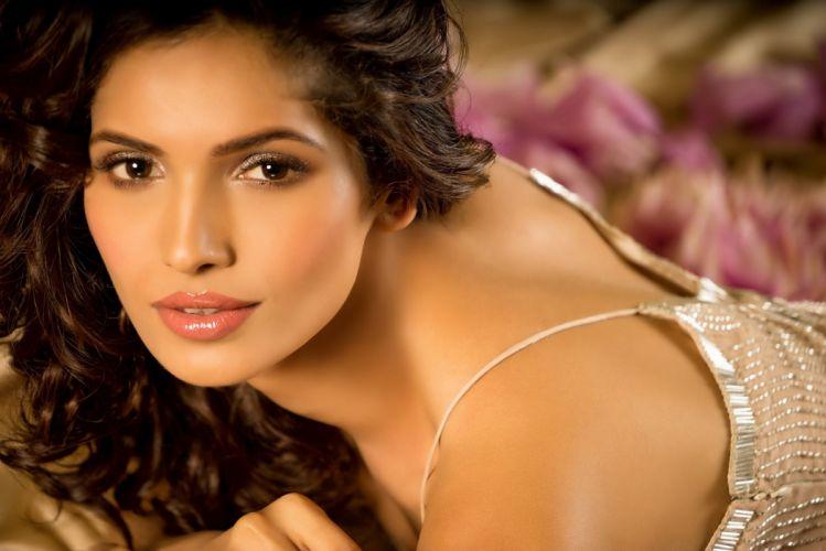 vartika singh bollywood actress celebrity model girl beautiful brunette pretty cute beauty sexy hot pose face eyes hair lips smile figure indian wallpaper