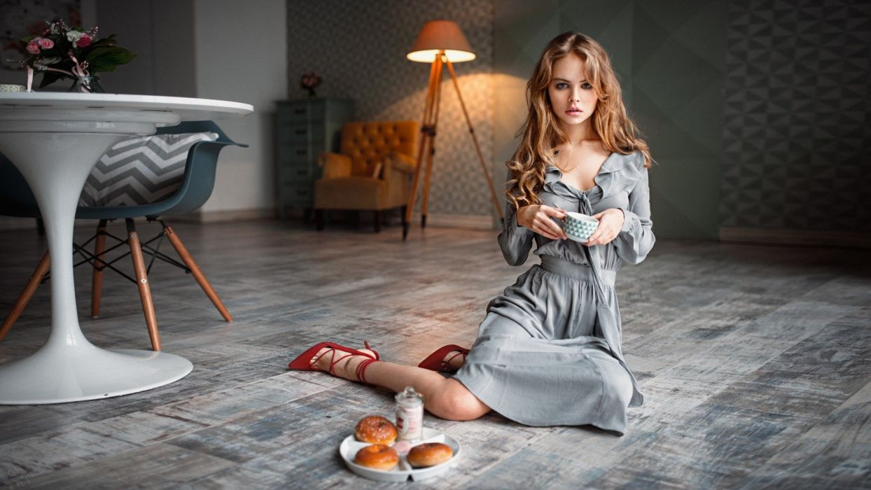SENSUALITY Anastasia Shcheglova-girls-sexy-women-model-heels-snack wallpaper